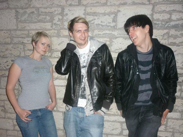 Domino Fire - Left to Right: Venetia Morris, Jon Coyne and Rob Hayden