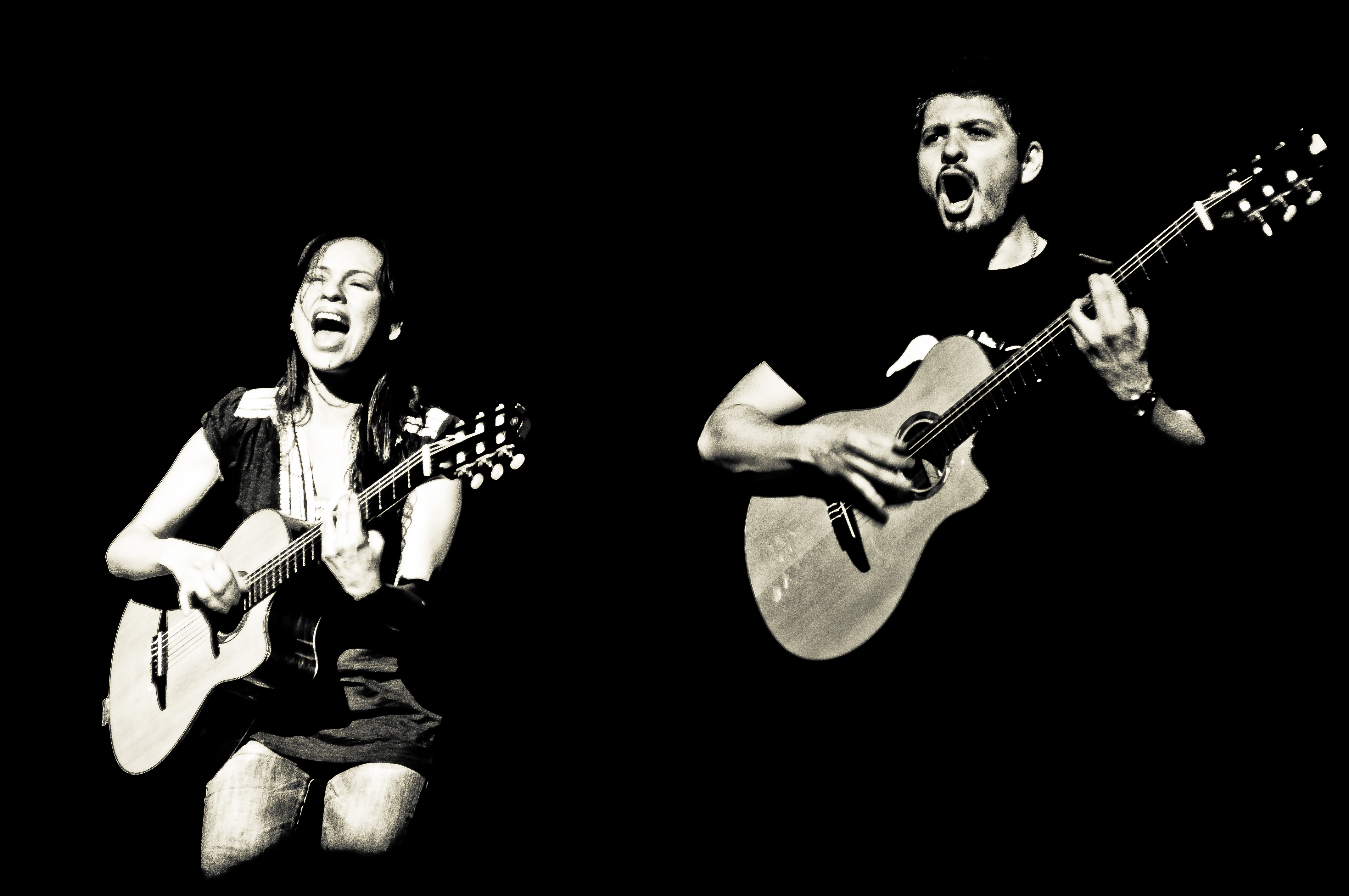 04.12-Rodrigo-y-Gabriela-@-Chicago-Theater